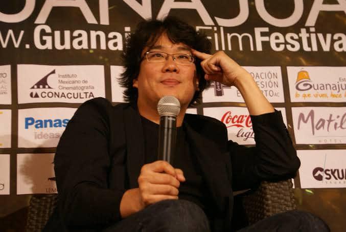 Bong Joon Ho durante su conferencia en el Festival Internacional de Cine de Guanajuato en 2011.